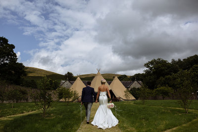003-tipi-wedding-at-whelprigg-house--kirkby-lonsdale-photographer