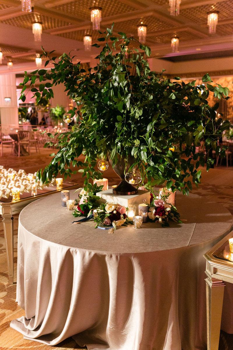 Ritz Carlton Chicago Wedding Photos-1021