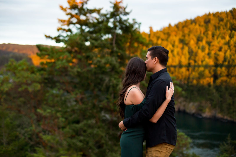 water and mountain engagement session emma lee photography