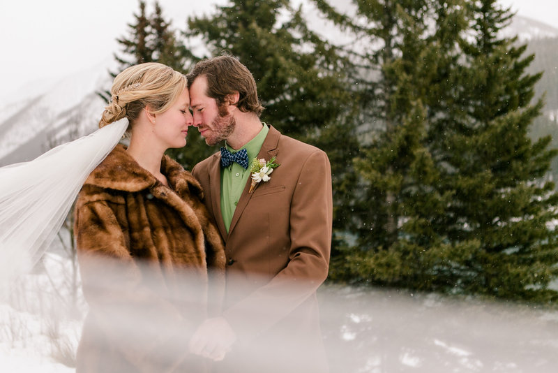 banff_winter_saskatchewan_canada_wedding_photographer_003
