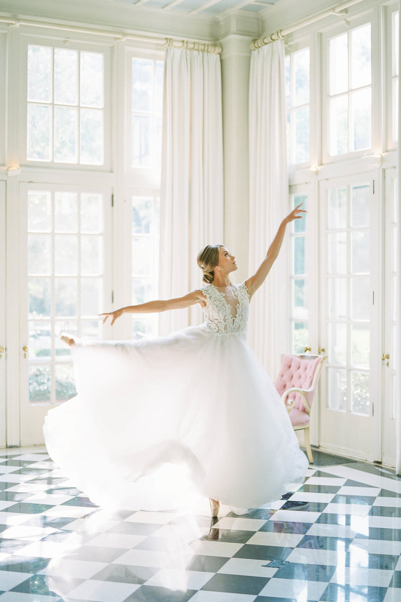 Ballerina at Duke Mansion-7