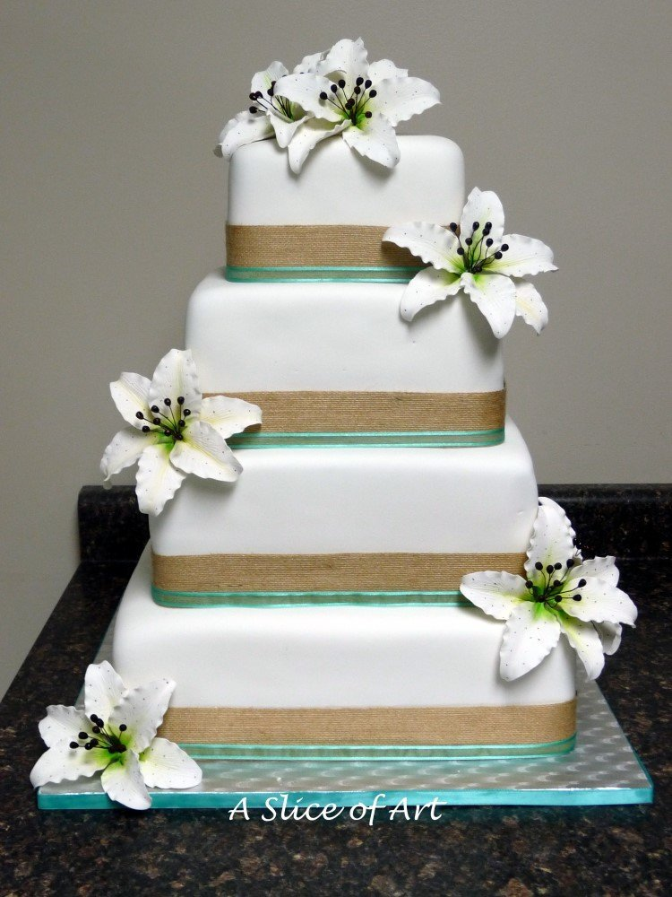 square tiger lily wedding cake