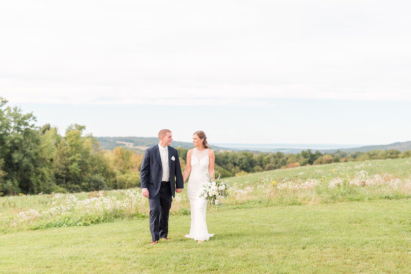 Syracuse New York Photography Cazenovia Lake Private lakefront floral table mountain hill wedding -9