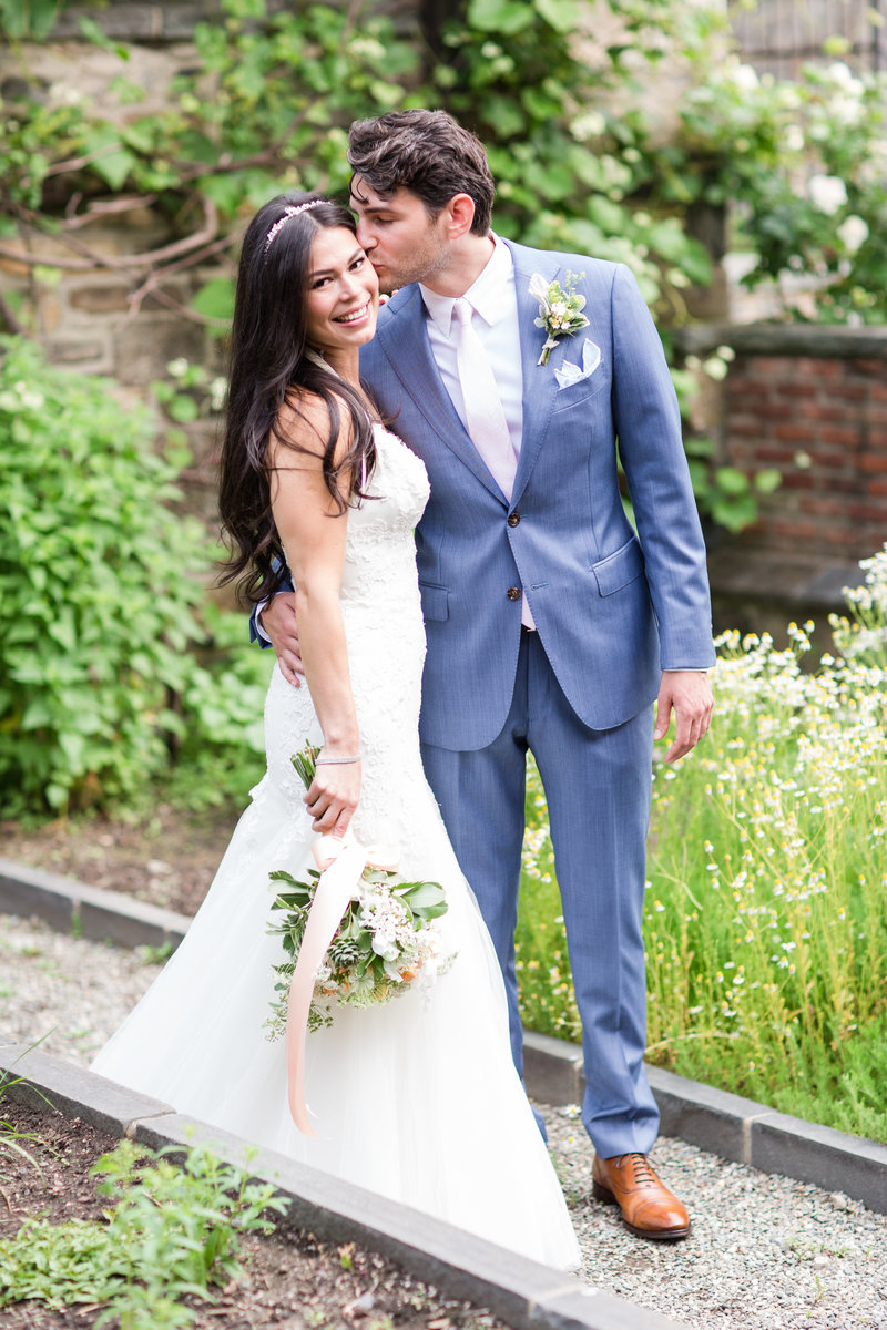 Stone-Barns-New-York-Outdoor-Wedding-25