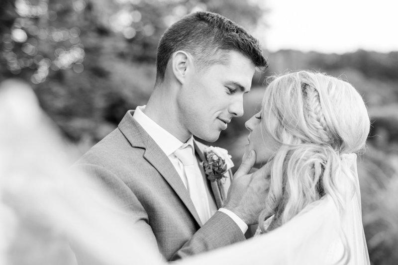 2017-9-17_Mari-Briege_Nick_Wedding_Previews_Jaimie_Macari_Photo-3109-2