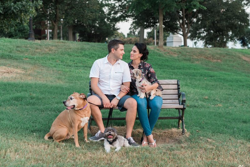 downtown-richmond-va-engagement-photos-112