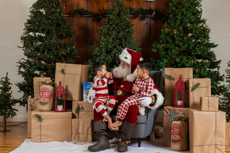 berenice-christmas-santa-mini-session-dallas-family-photographer-lynnet-perez-photography-0026