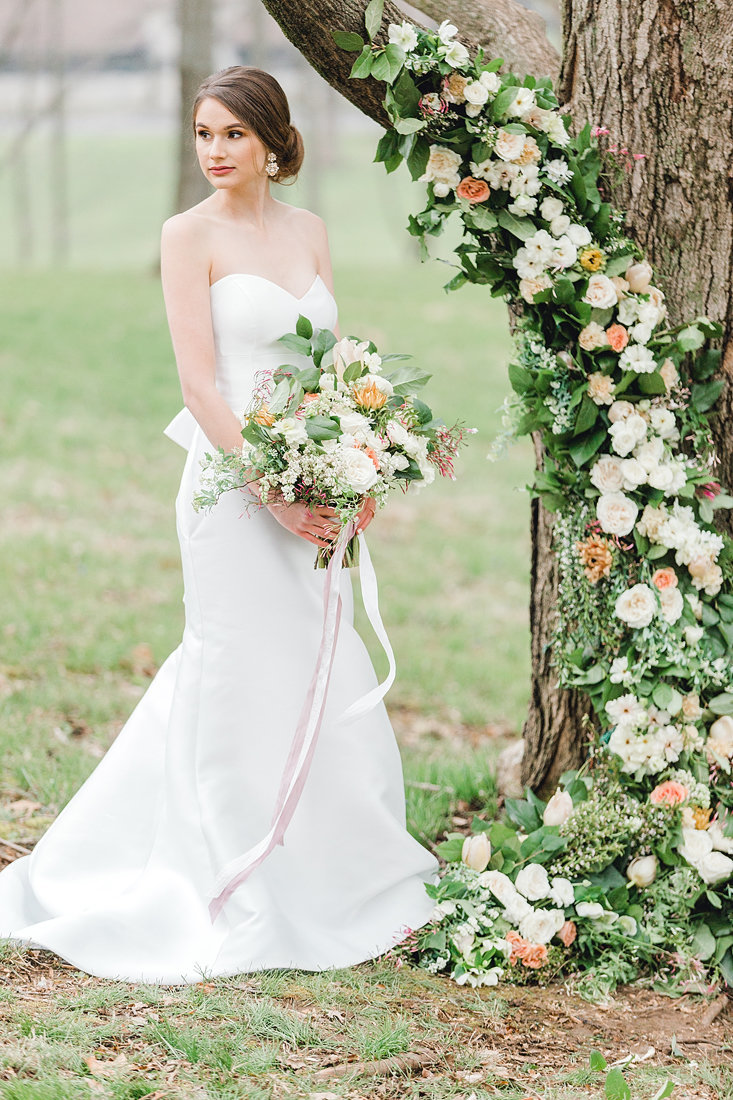 Wedding-Keeneland-Floral-Tree-Modern-Bride-Portrait-Kentucky-Photo-By-Uniquely-His-Photography088