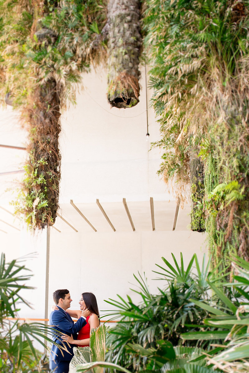 Steph-Juan-Engagement-Sneak-Peek-Perez-Art-Museum-Miami-PAMM-16