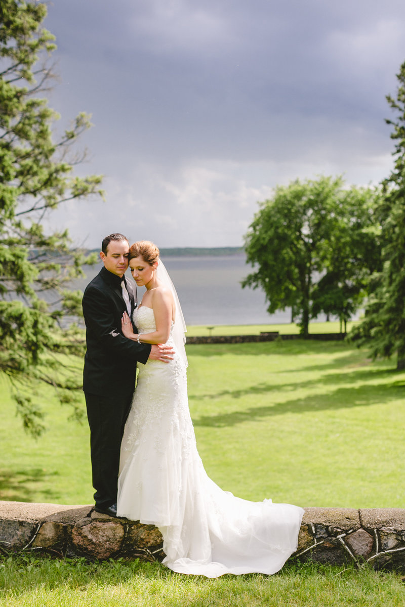 kenosee_lake_the_red_barn_saskatchewan_canada_wedding_photographer_009
