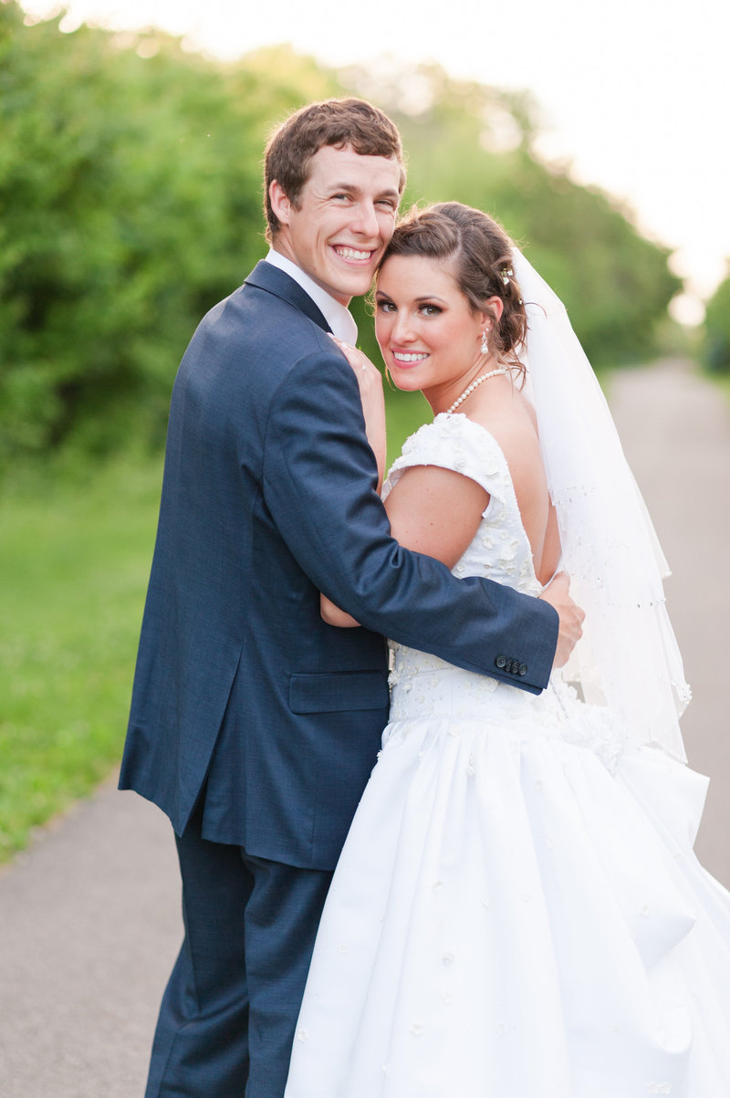 Columbus Ohio Wedding Photographers Destination weddings and international weddings Specializing in Farm, Country club, Vineyard and plantation weddings