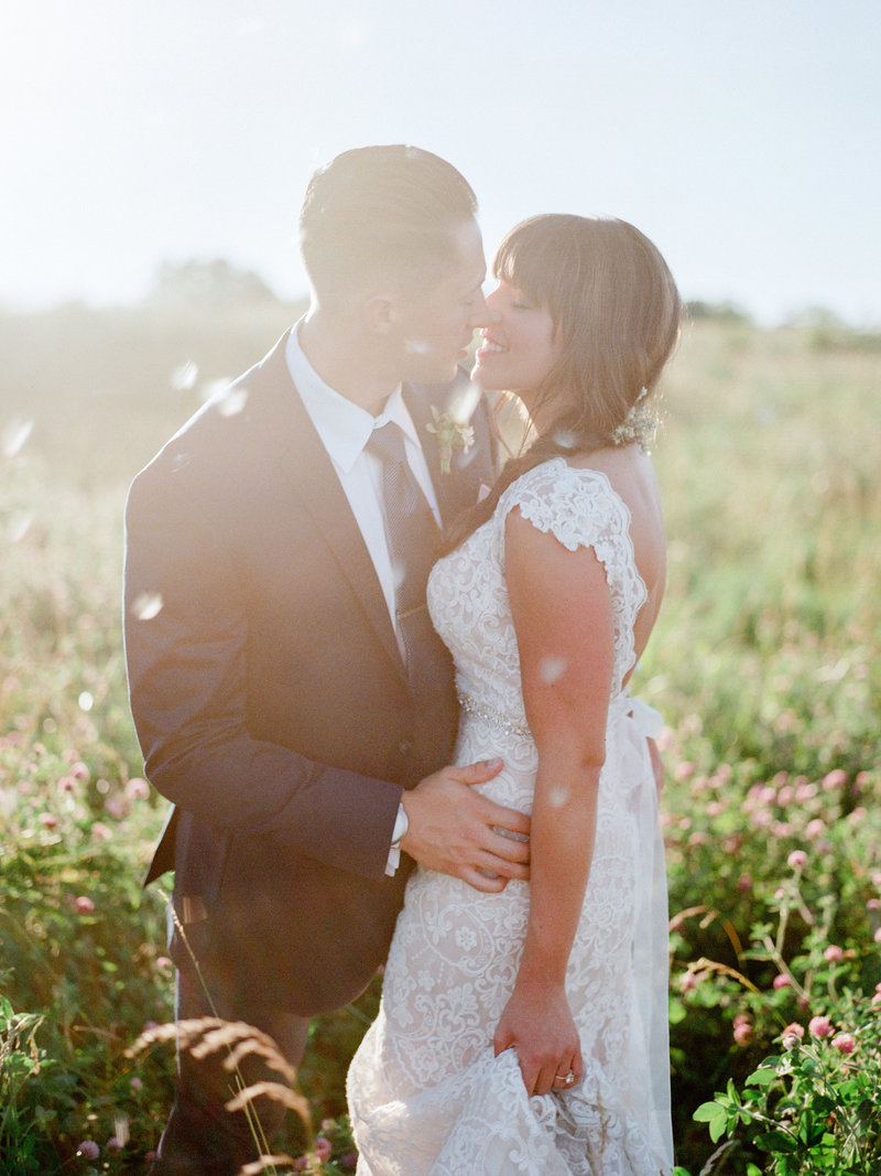 fayette-missouri-blue-bell-farm-wedding-photos-water-156