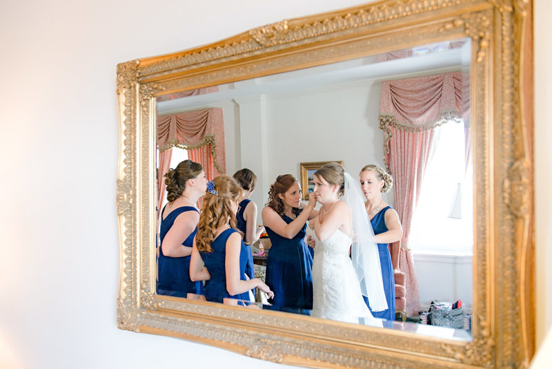 JandDstudio-wedding-photogrphy-york-pa-prep-bride-dress