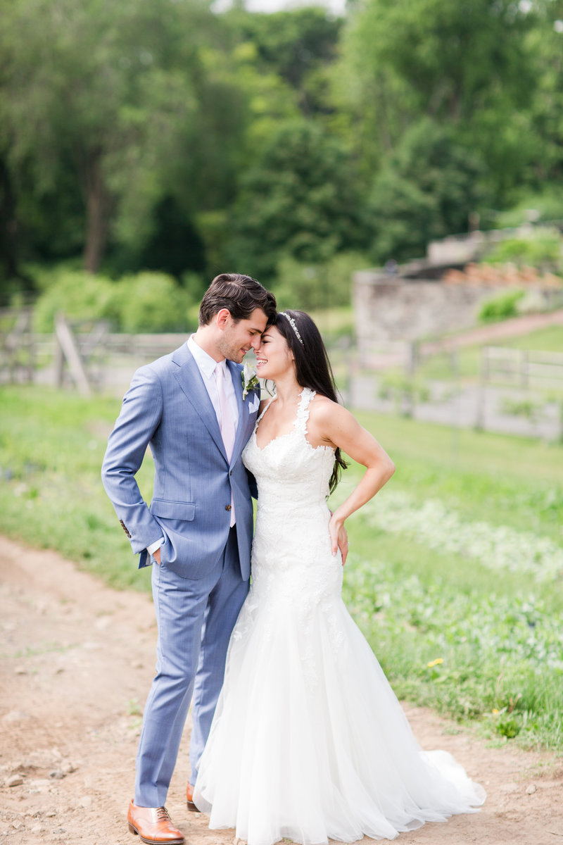 Stone-Barns-New-York-Outdoor-Wedding-38