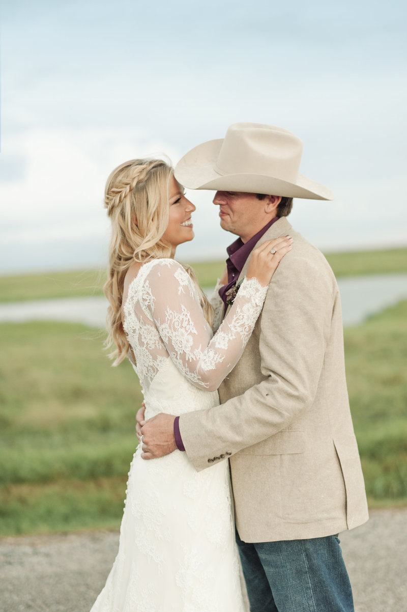 Kelsey & Cole sneak peek 01