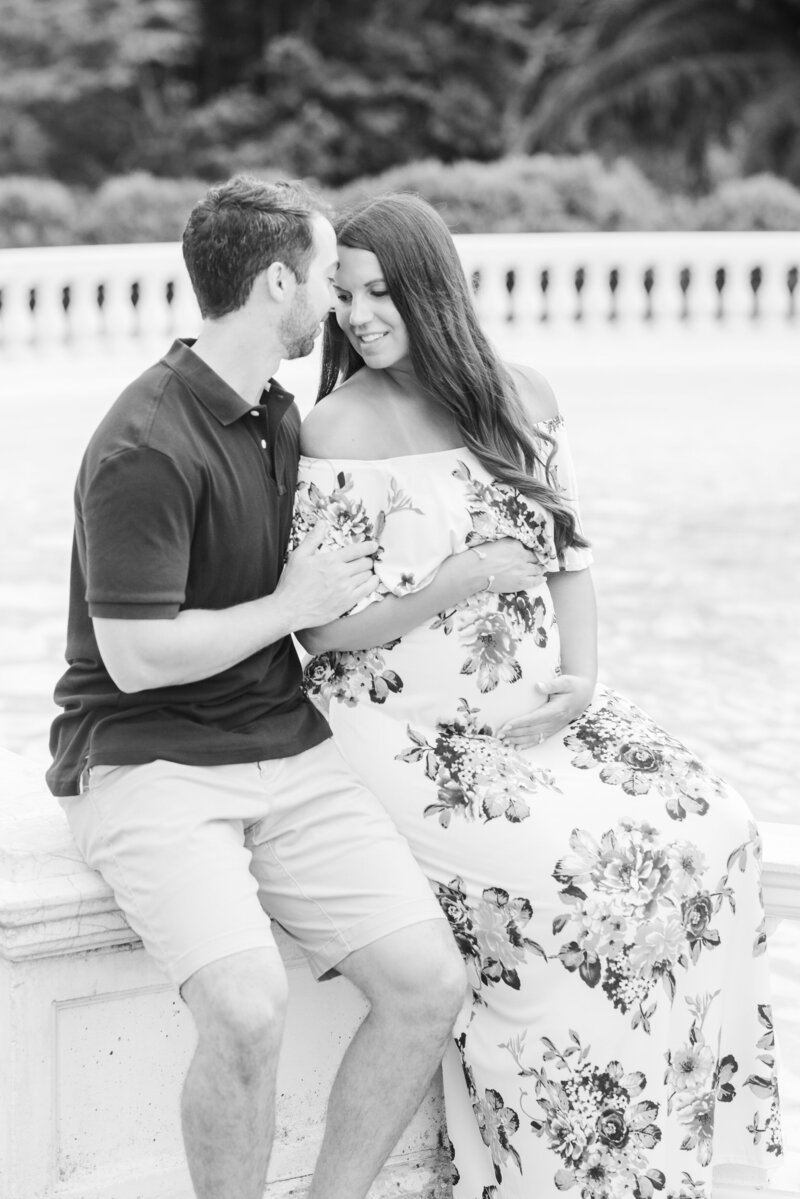 Richmond Maymont park spring rose garden maternity photography -29