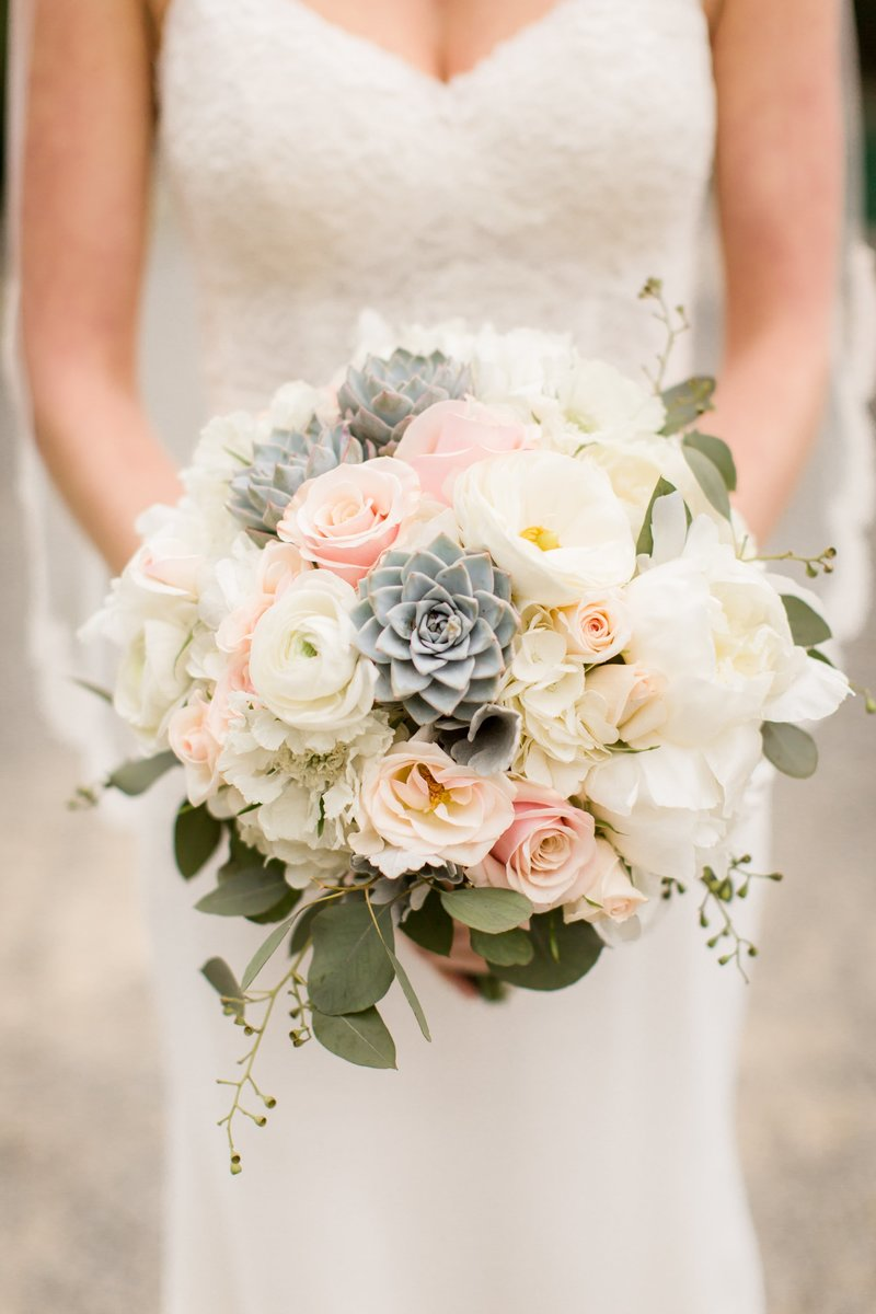 Bouquet photo with succulents