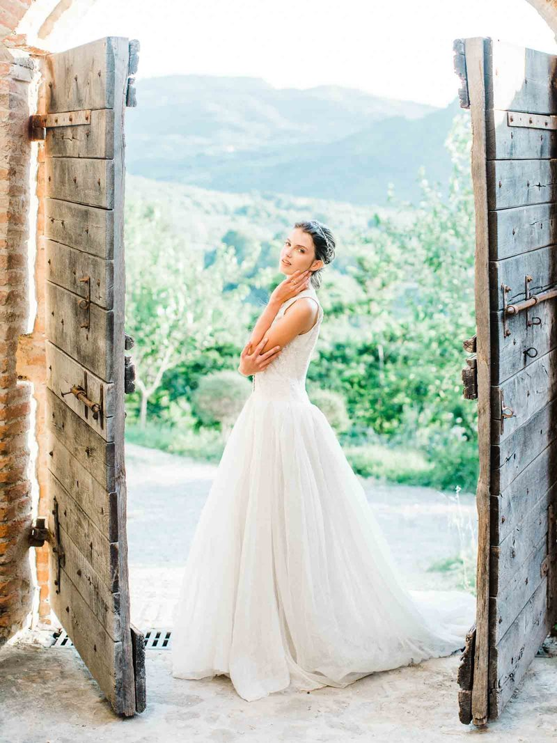 Married-Morenos-Tuscany-Styled-Shoot-32