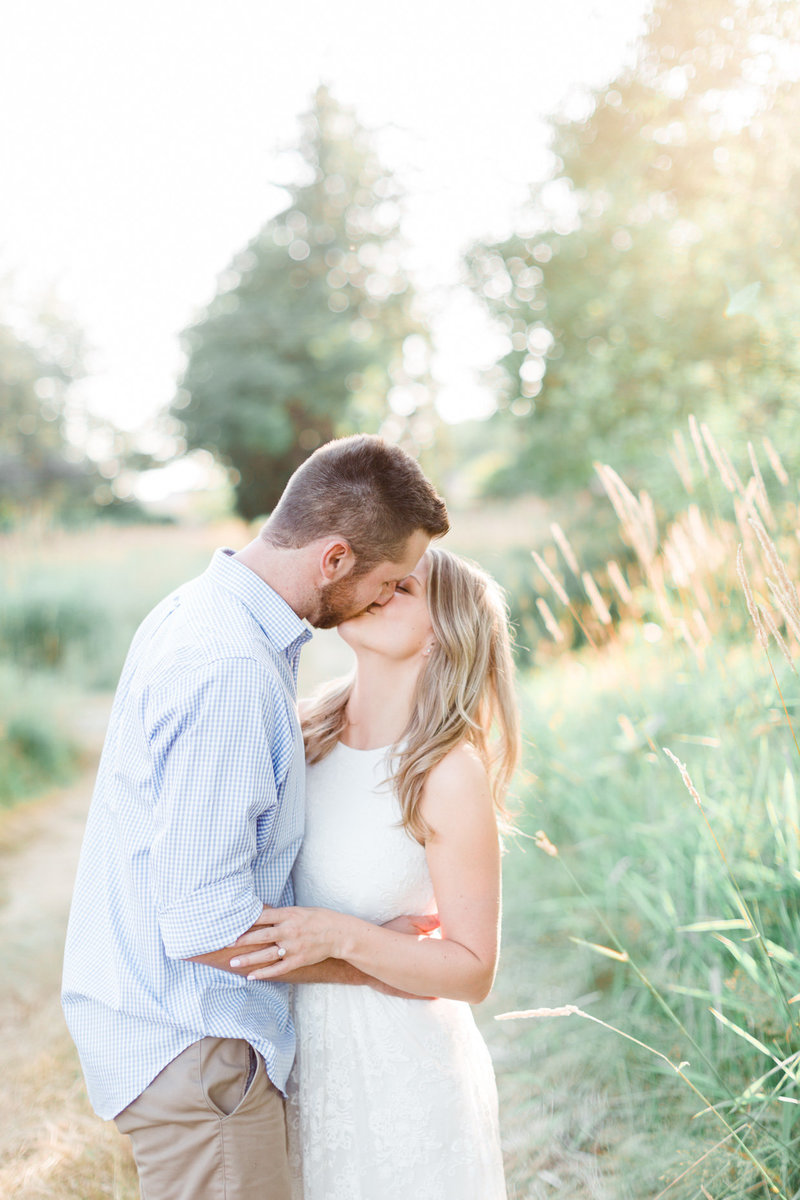 Blush-Sky-Photography-Vancouver-Engagement-Photographer-13