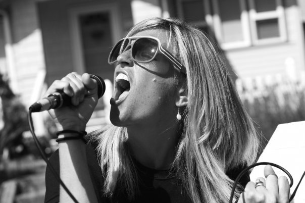 Leighellen Landskov Photography Worship Leader and Singer