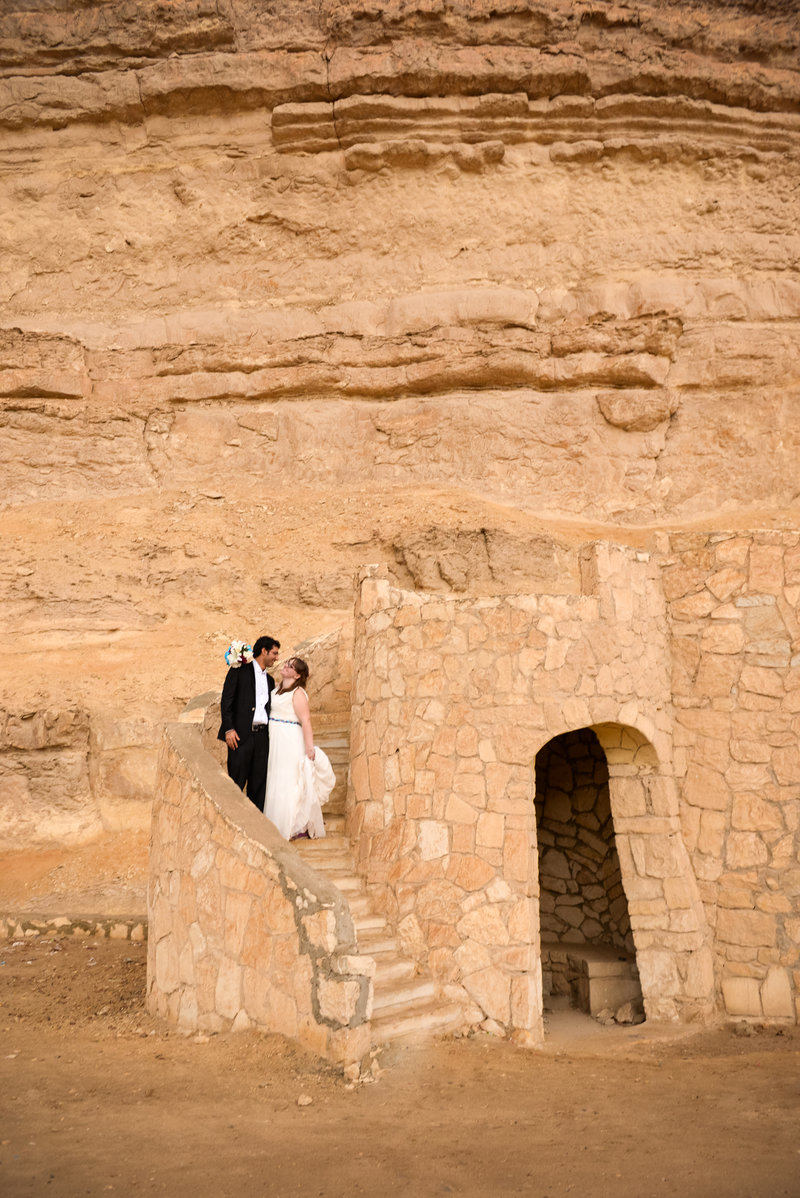 JandDstudio-wedding-rustic-vintage-brideandgroom-Egypt-tower
