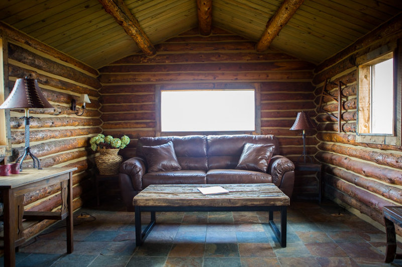 Strawberry-creek-ranch-bridal-cabin-for-weddings-granby-colorado