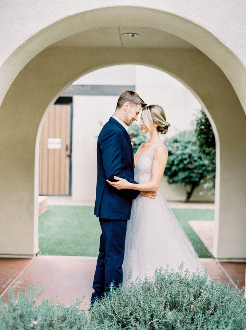 Luxury Wedding at the Omni Scottsdale Montelucia - Ashley Rae Photography -08