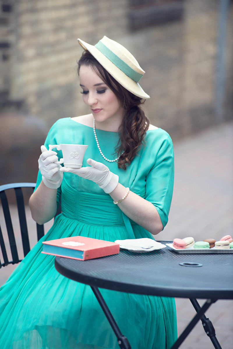 French inspired senior pictures with tea minnetonka photographer