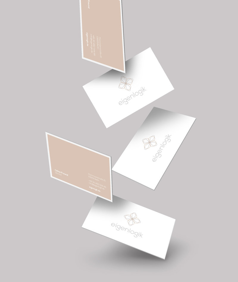 001 eigenlogik_falling-business-card-mockups