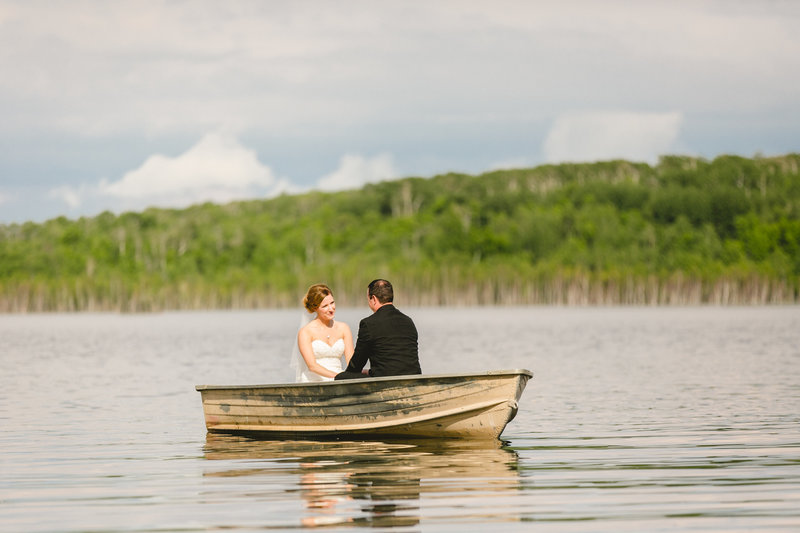 kenosee_lake_the_red_barn_saskatchewan_canada_wedding_photographer_013