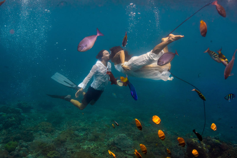 Bali Underwater Wedding