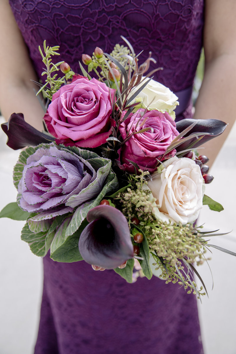 bridesmaid purple flower  bouquet
