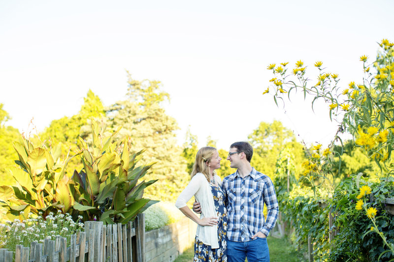 rutgers gardens engagement pictures