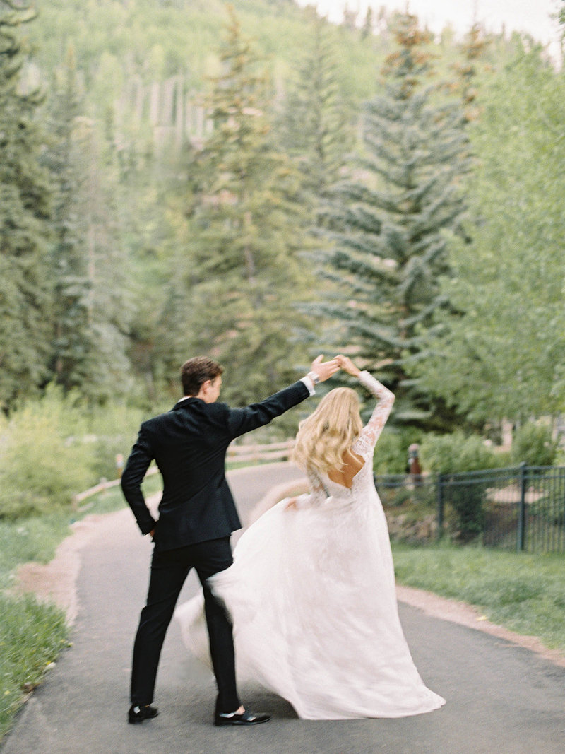 Brooke___Christian._Vail_Square_Arrabelle_Wedding_by_Alp___Isle_with_Calluna_Events._Portraits-88