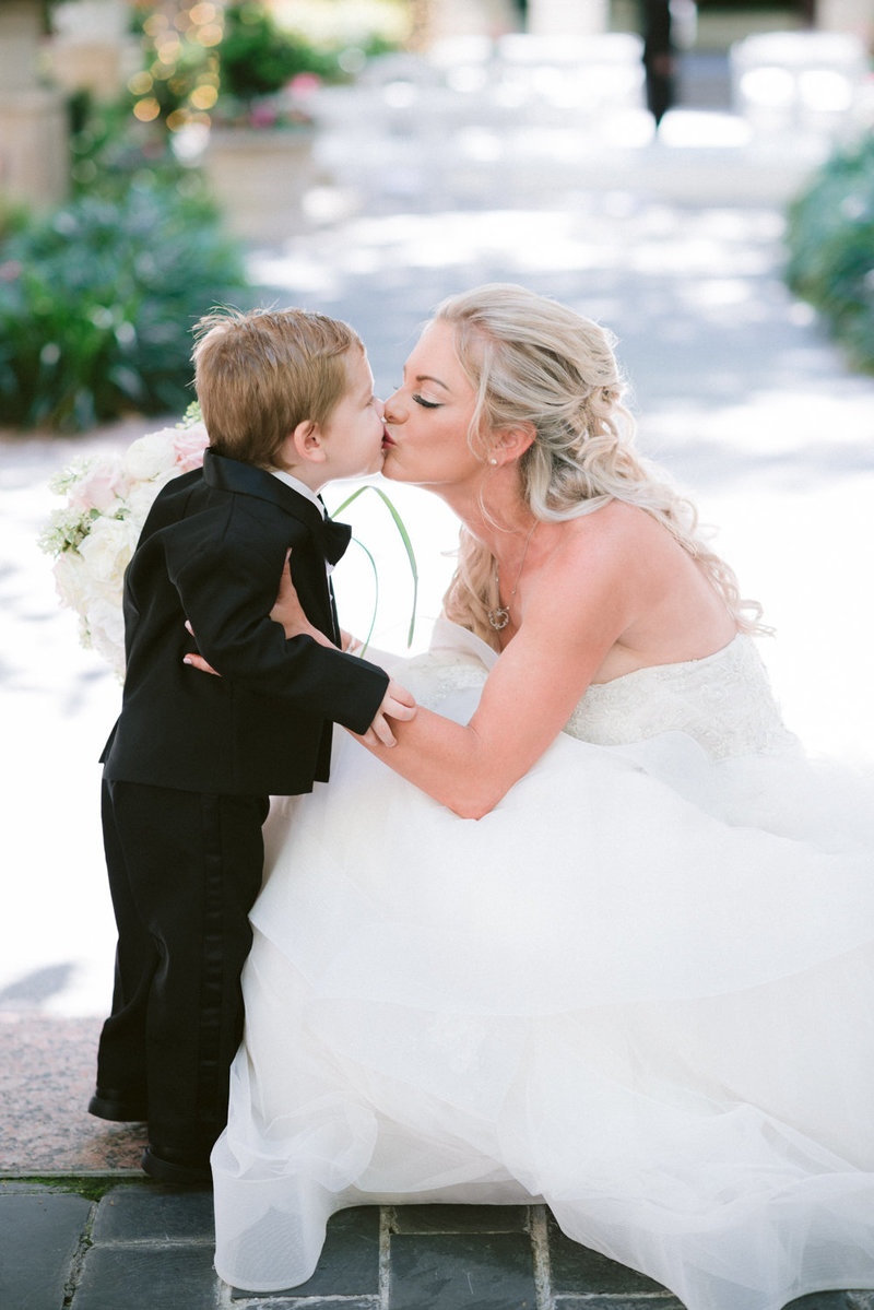 the_crescent_dallas_wedding_photographer_bethany_erin-78