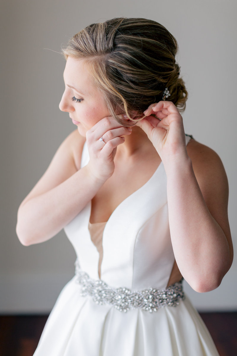 AisPortraits-Luxmore-Robinson-Wedding-Sneak-Peek-6