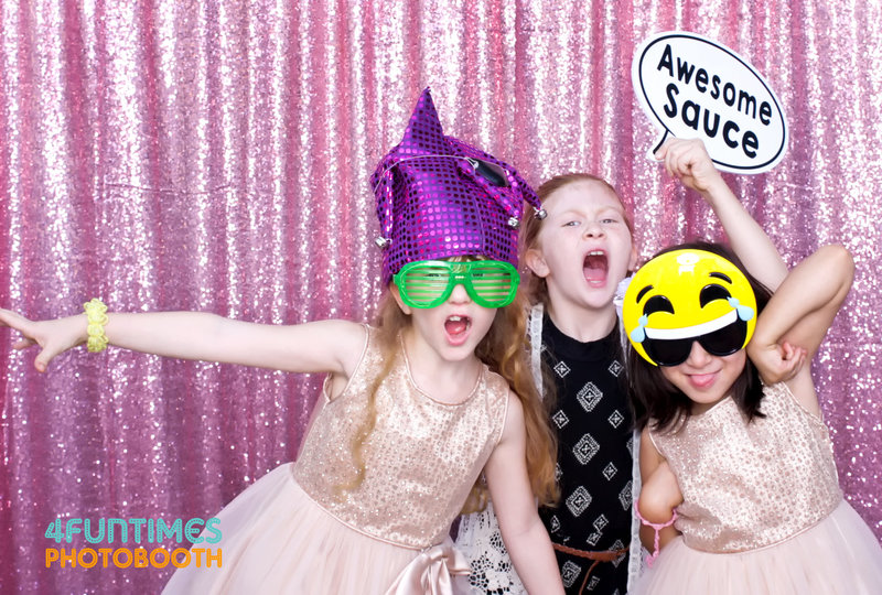 Birthday  party kids photo booth
