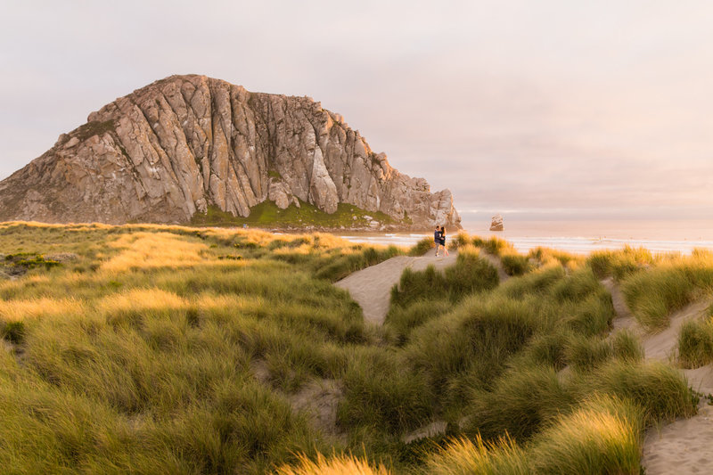morro-rock-engagement-session-tayler-enerle00003