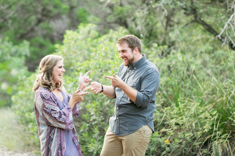 eisenhower-park-san-antonio-tx-engagement-session-photo-157
