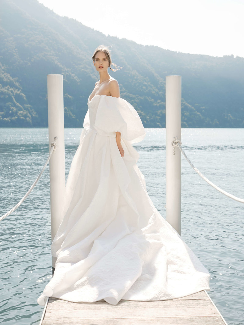 41-ktmerry-MoniqueLhuillier-Fall2020-Bridal-Look17-Theodora