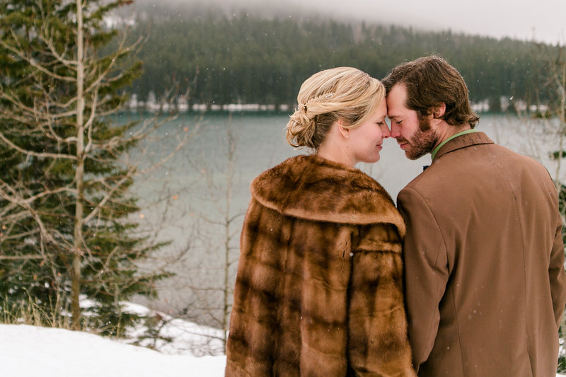 banff_winter_saskatchewan_canada_wedding_photographer_017
