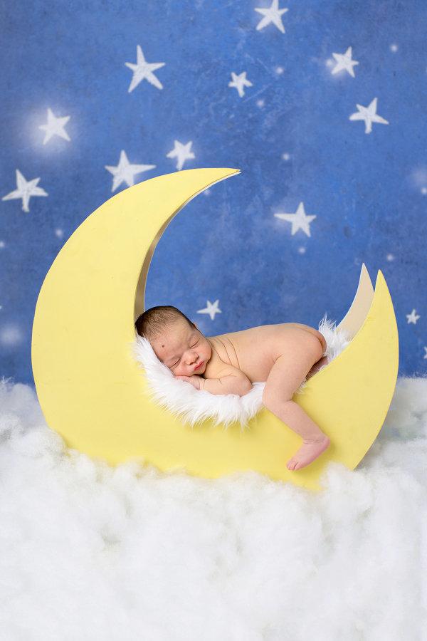 newborn-moon