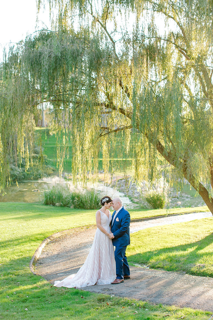 Wedding-Willow-Tree-Summer-Bride-Groom-Portraits-Photo-By-Uniquely-His-Photography087