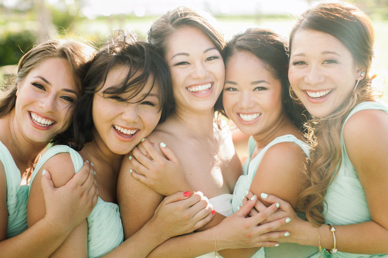 fun-bridesmaids-photos