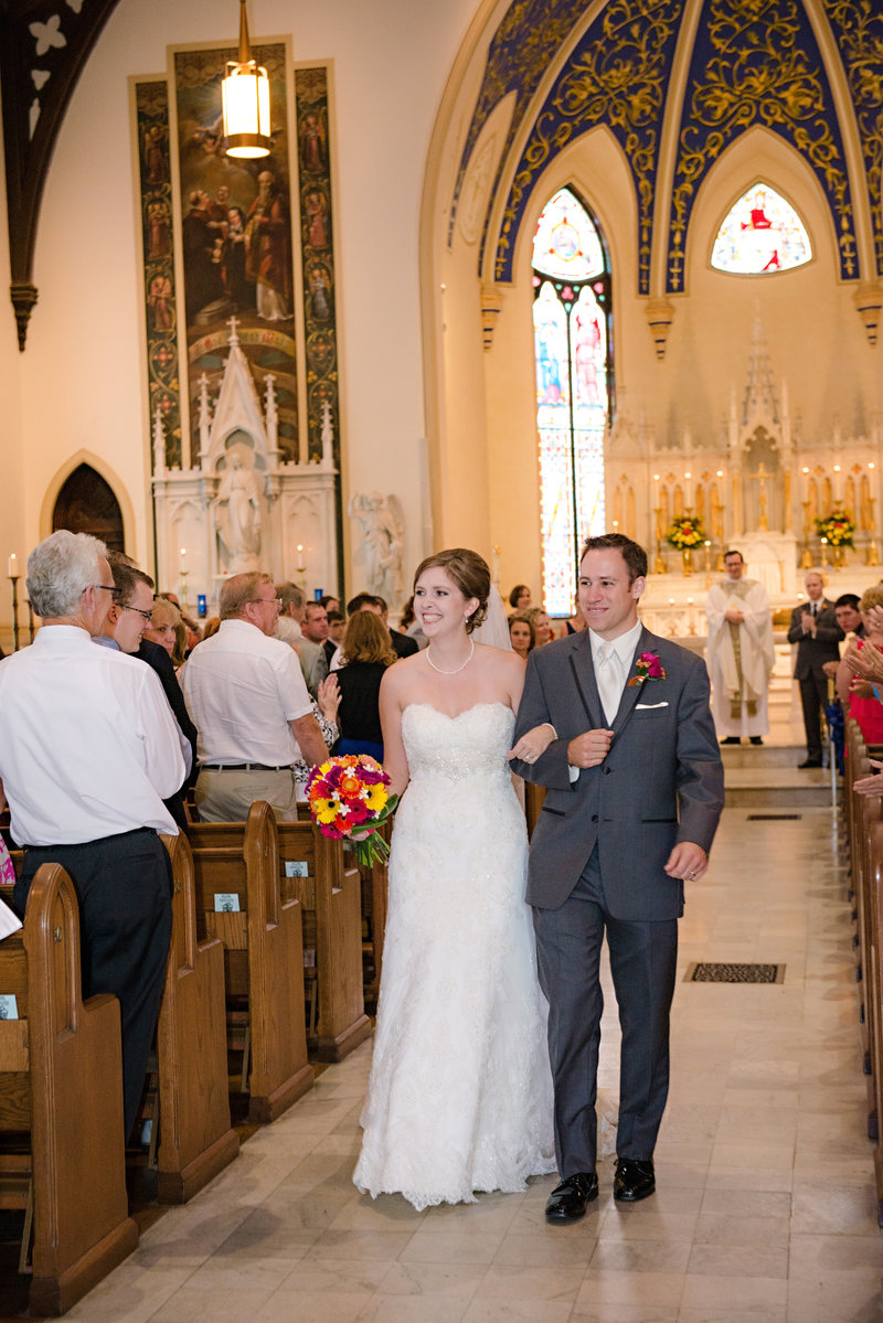 JandDstudio-wedding-photogrphy-york-pa-ceremony-cathlic-church (2)