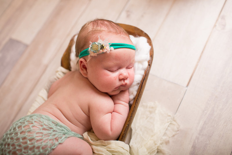 FERNDOWN BOURNEMOUTH NEWBORN PHOTOGRAPHY STUDIO 00006