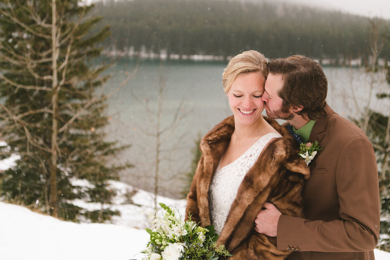 banff_winter_saskatchewan_canada_wedding_photographer_018