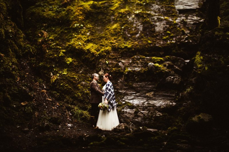 TheWilkeys-GirdwoodElopement-VirginCreekFallsWedding-©LaurenRoberts2016-30