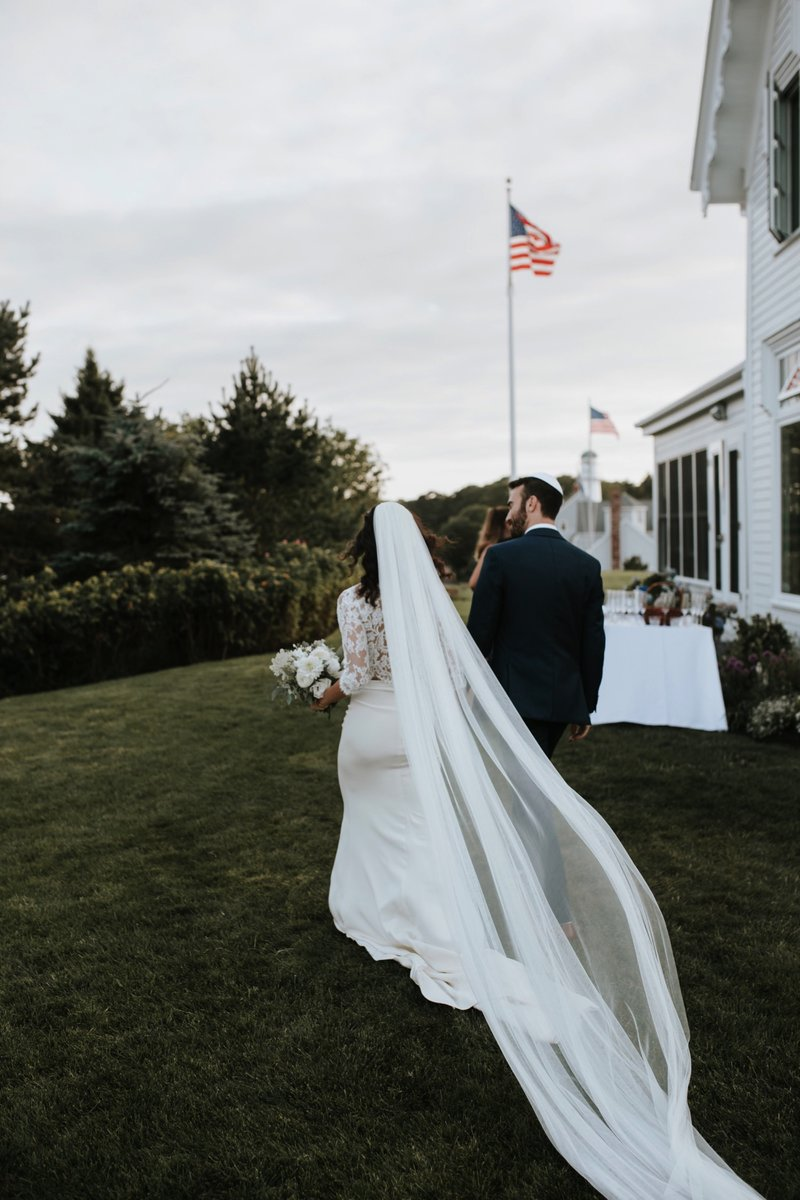 cape-elizabeth-portland-maine-backyard-lighthouse-wedding-96