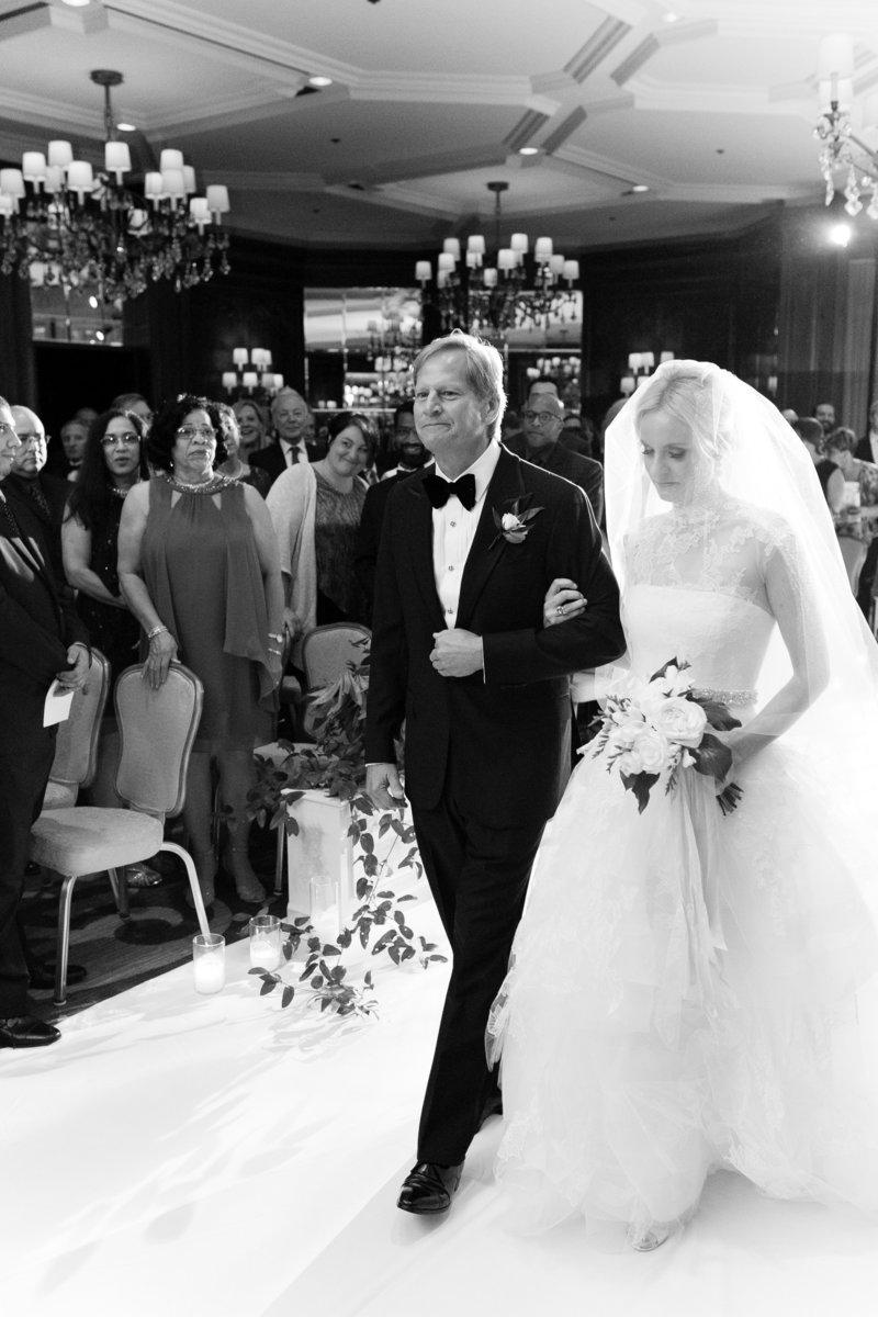 Ritz Carlton Chicago Wedding Photos-1016